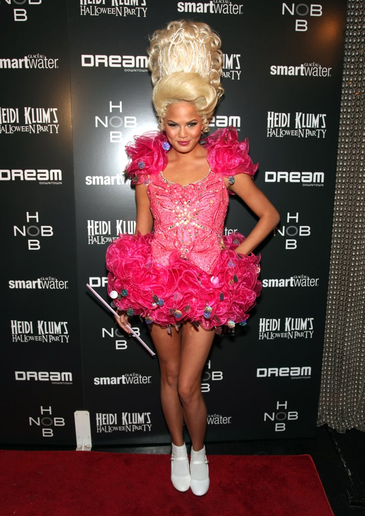 Not to be upstaged by Fergie, Chrissy Teigen also showed off an impressive turn as a Toddlers and Tiaras hopeful in 2011,.