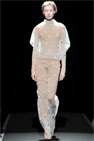 Maison Martin Margiela Fall 2009: Doing Well, Head in the Clouds