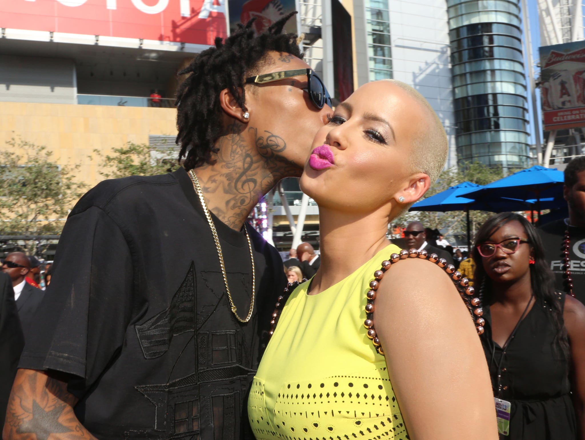 Wiz Khalifa kissed Amber Rose on the red carpet.