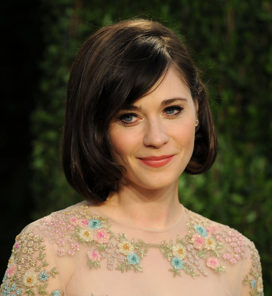 Zooey Deschanel's Oscar night hairstyle had us wondering if she'd gone for the chop. Clever styling of shorter layers at the front kept this bob from looking too obviously faux!