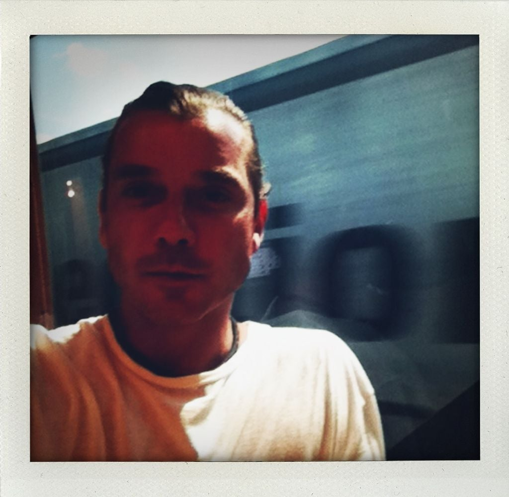 Gavin Rossdale took photos on his tour bus. Source: Twitter user GavinRossdale
