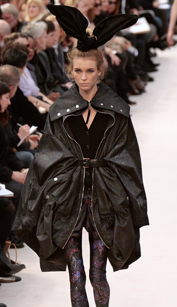 Louis Vuitton Fall 2009: Bunny Ears, Bunching, and Boots