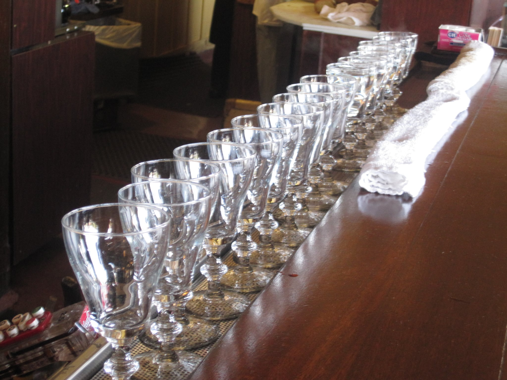 Line the Glasses in a Row