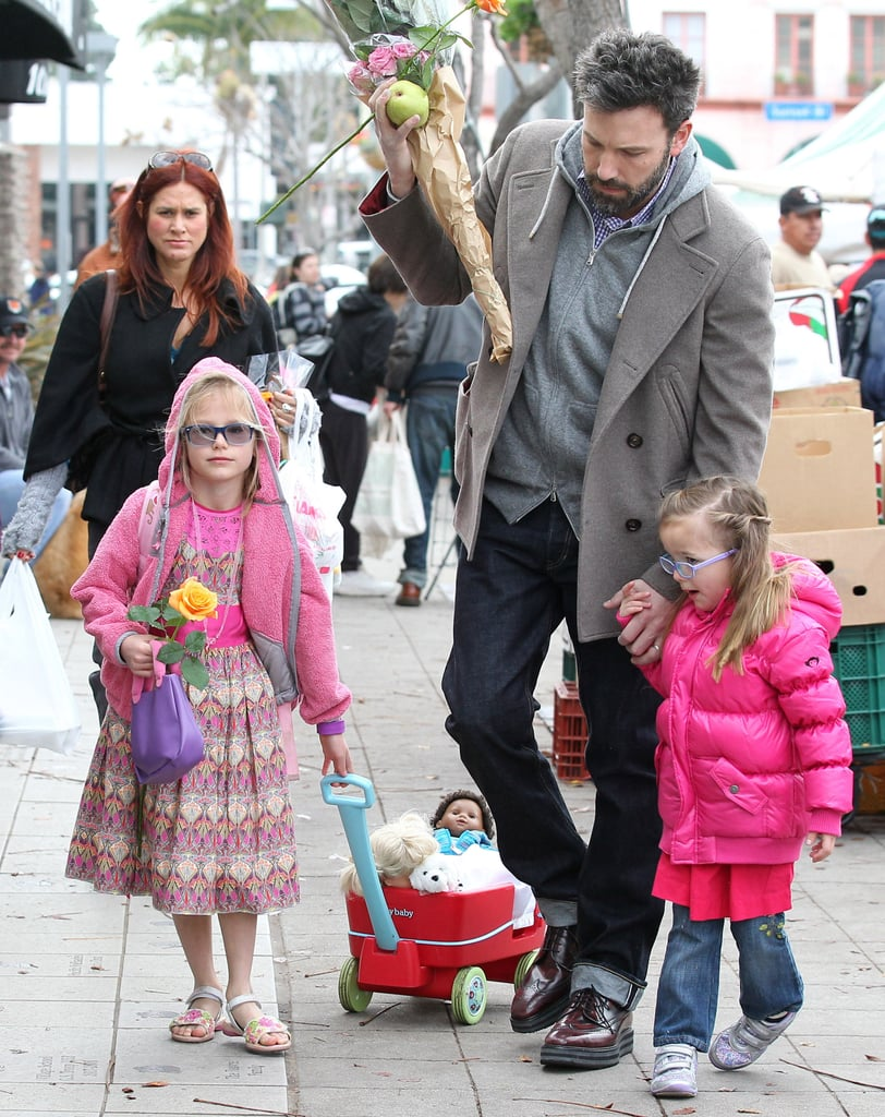 Ben Affleck picked up flowers at a farmers market with his daughters, Seraphina Affleck and Violet Affleck, on Sunday.