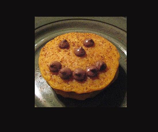 Jack-O'-Lantern Pumpkin Pancakes
