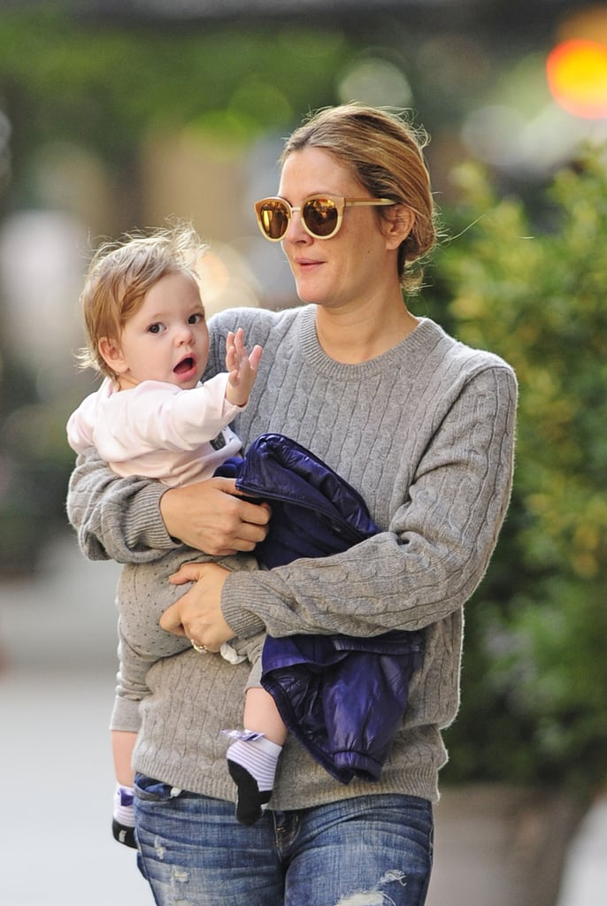 Drew Barrymore and her daughter, Olive Kopelman, walked around NYC together.