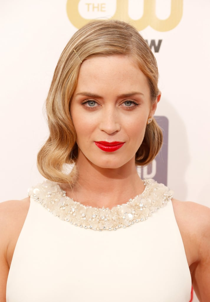 Emily Blunt went for vintage flair with brushed-out waves. A simple bobby pin lent a chic accent.