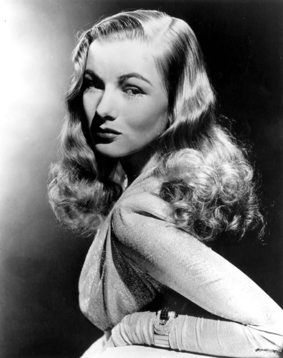 Veronica Lake's Classic Look