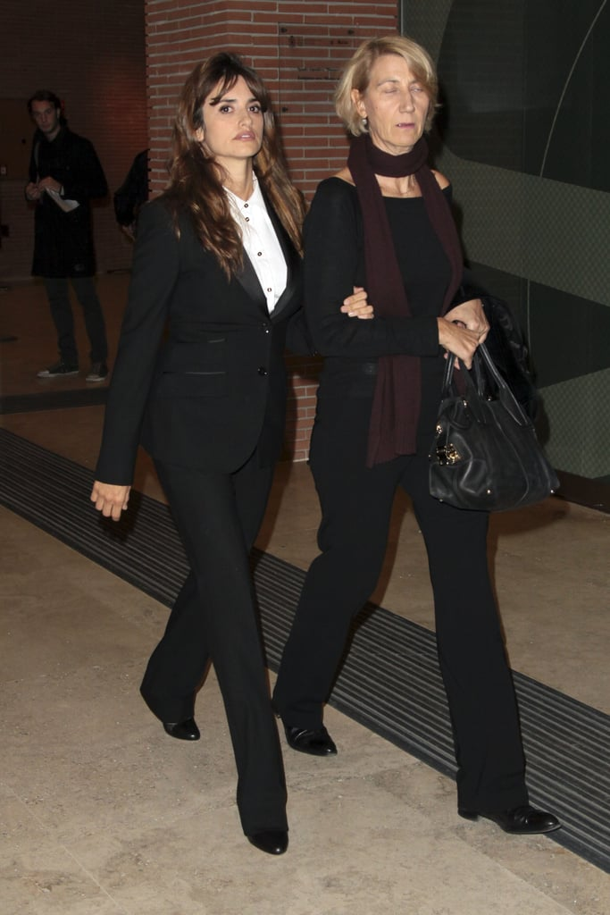 Penelope had a friend escorting her from the event.