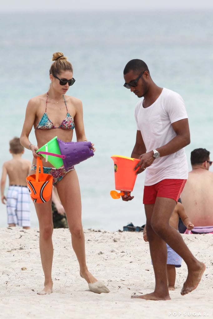 Doutzen Kroes and Sunnery James played with their son, Phyllon, on the beach in Miami.