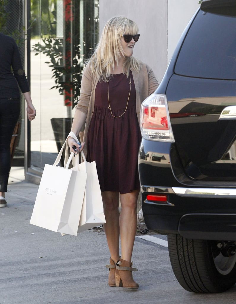 Reese Witherspoon headed back to her car.