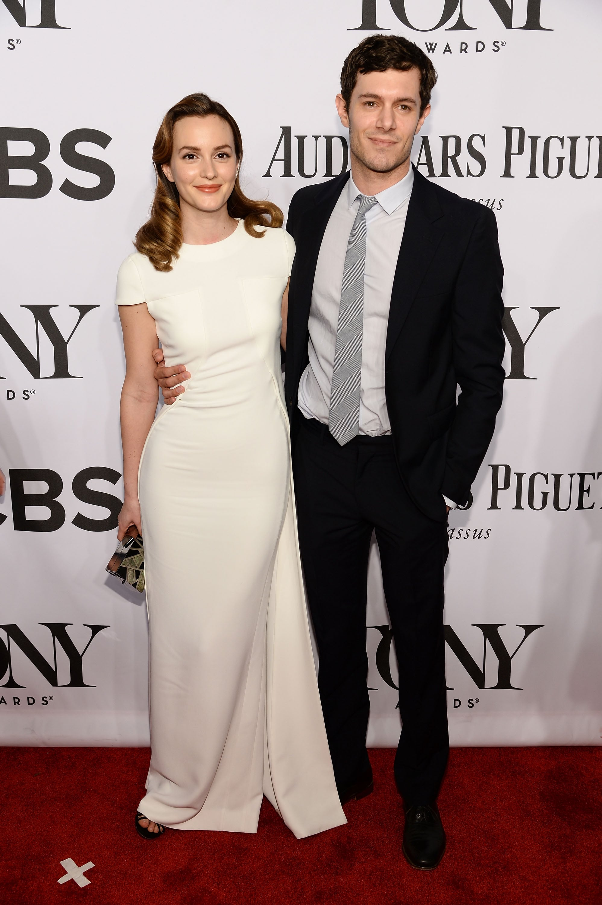 Leighton Meester and Adam Brody walked the carpet together.