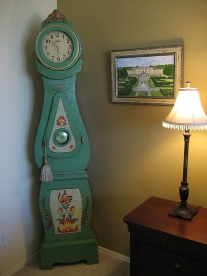 Before and After: A Traditional Swedish Clock Gets an Update