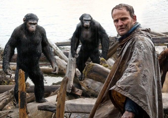 Malcolm (Jason Clarke) encounters a couple of apes.