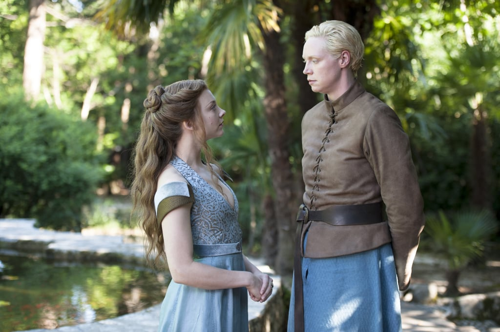 Margaery seeks the counsel of Brienne (Gwendoline Christie).