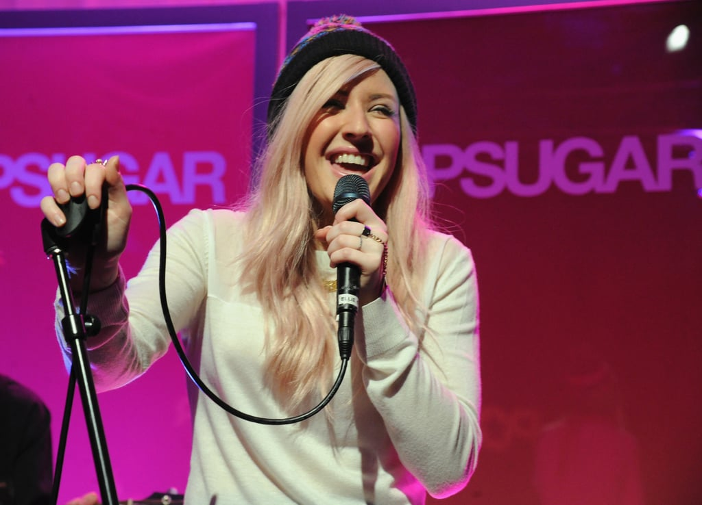 Ellie Goulding was all smiles on stage.