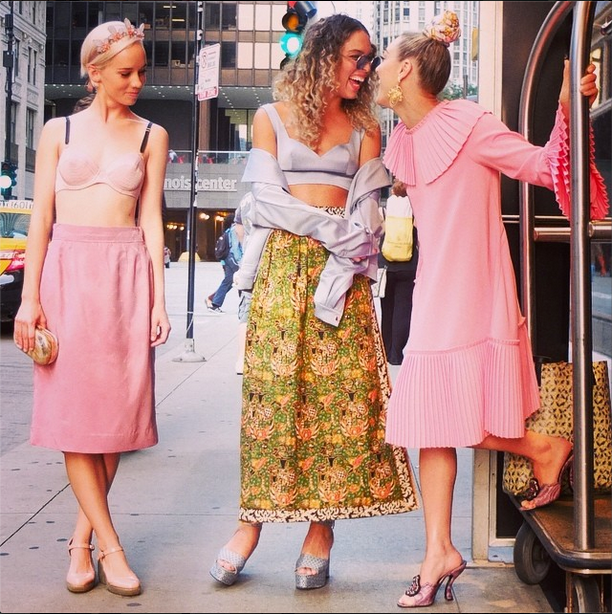 Margot, Cleo Wade, and Mia Moretti went ultragirlie in shades of pink and pastels while spending time in the city, pre-Lolla.  Source: Instagram user globaliza
