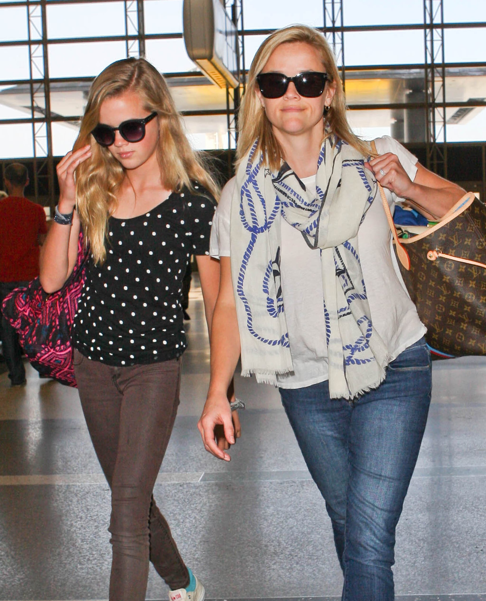 Double Take: Reese and Ava Catch a Flight