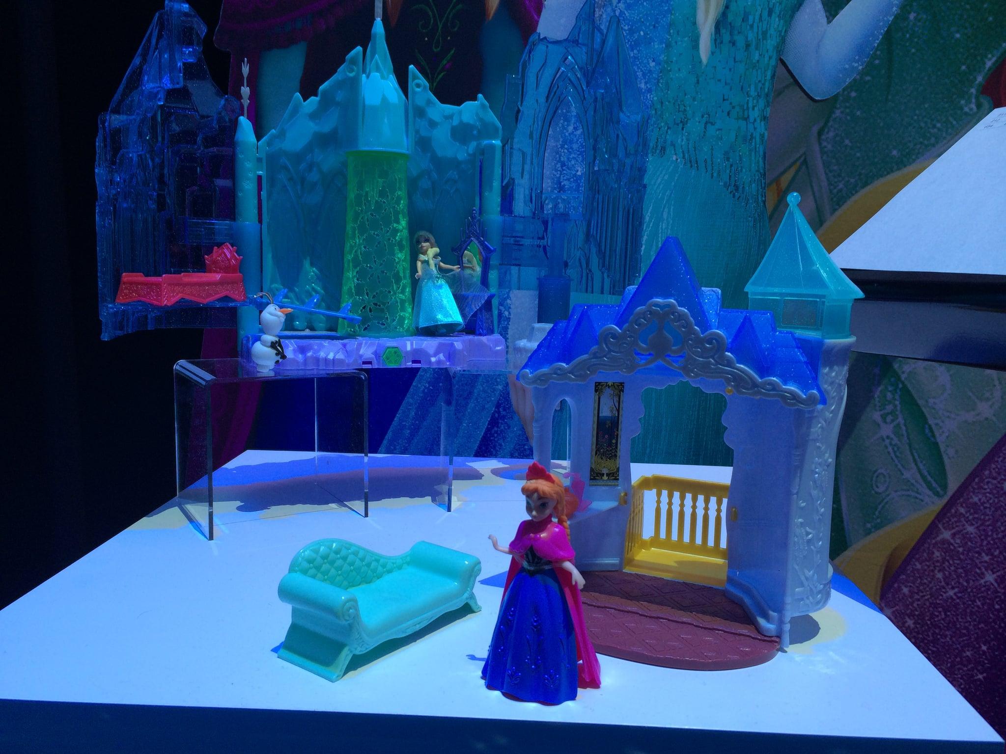 Mattel Elsa's Ice Castle Play Set