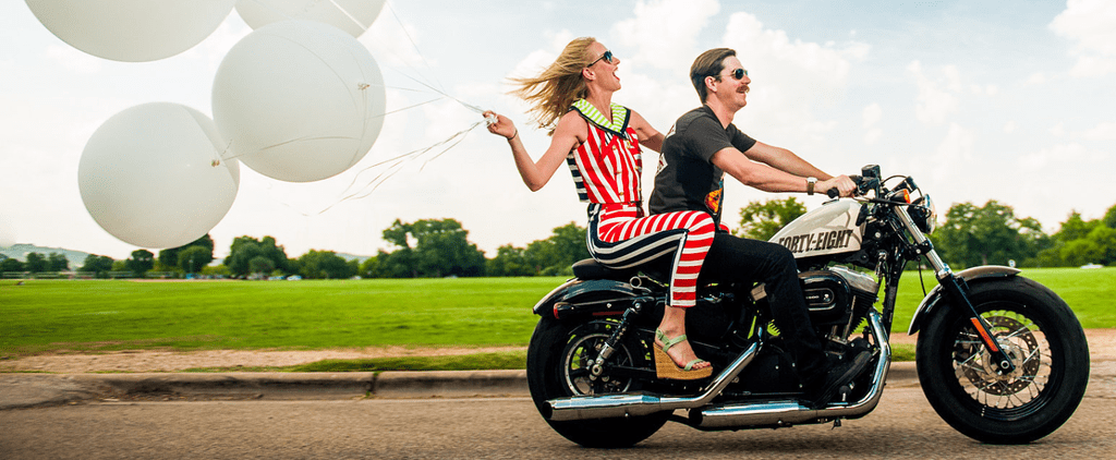 24 Unique Engagement Photos to Inspire Your Own Upcoming Shoot