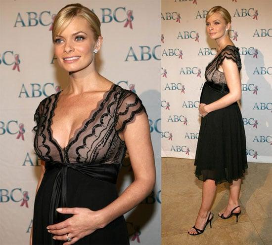 Pregnancy looks Good on Jaime Pressly