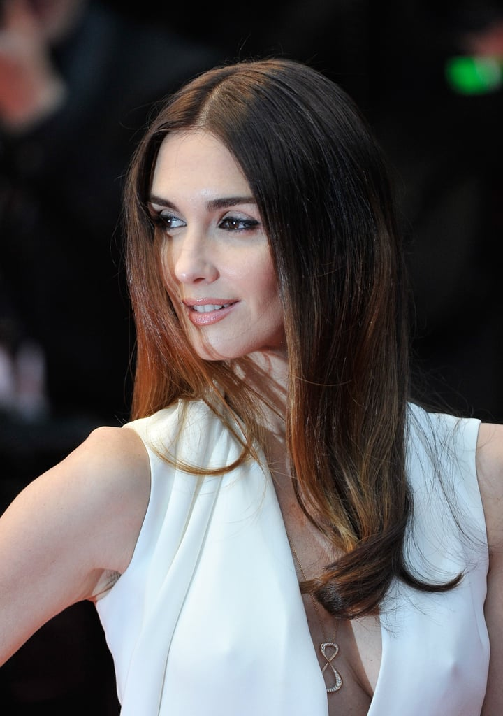 Paz Vega also went with a sleek style on the Jimmy P. (Psychotherapy of a Plains Indian) red carpet, opting for a modern middle part.