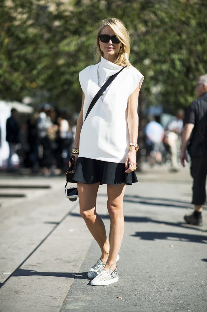 Easy Autumn days call for easy styling — like skirt finished with slip-on kicks. Source: Le 21ème | Adam Katz Sinding