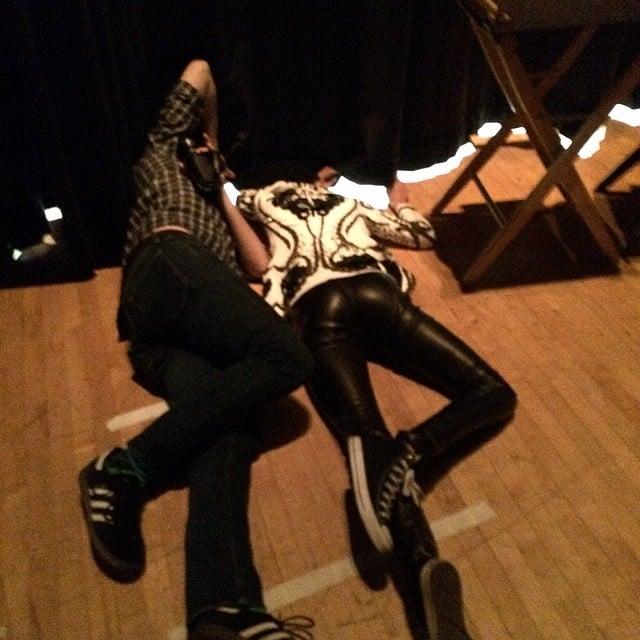Shailene and @johngreenwritesbooks trying to watch @natandalex perform from backstage! #tfiostour #tfiostn Source: Instagram user popsugar
