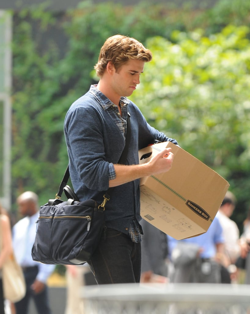 Liam Hemsworth Reports to Duty on a New Feature