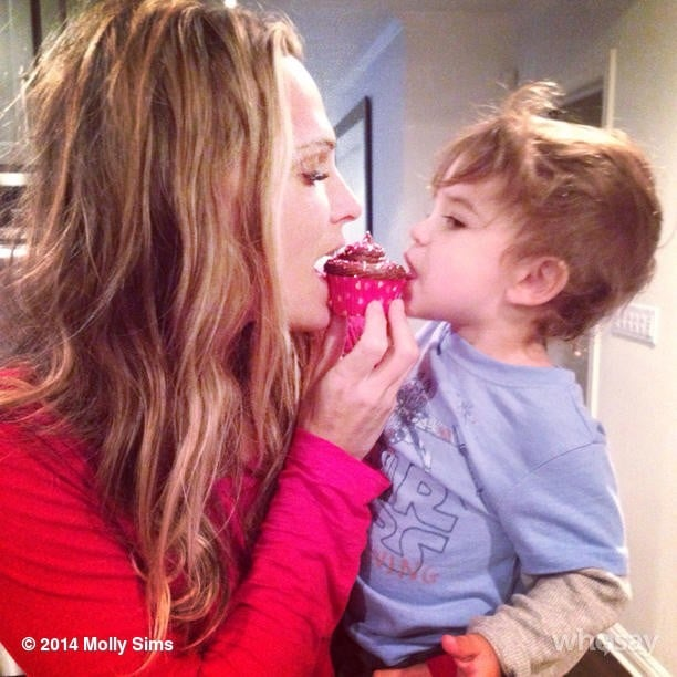 Molly Sims shared a cupcake with her son, Brooks. Source: Instagram user mollybsims