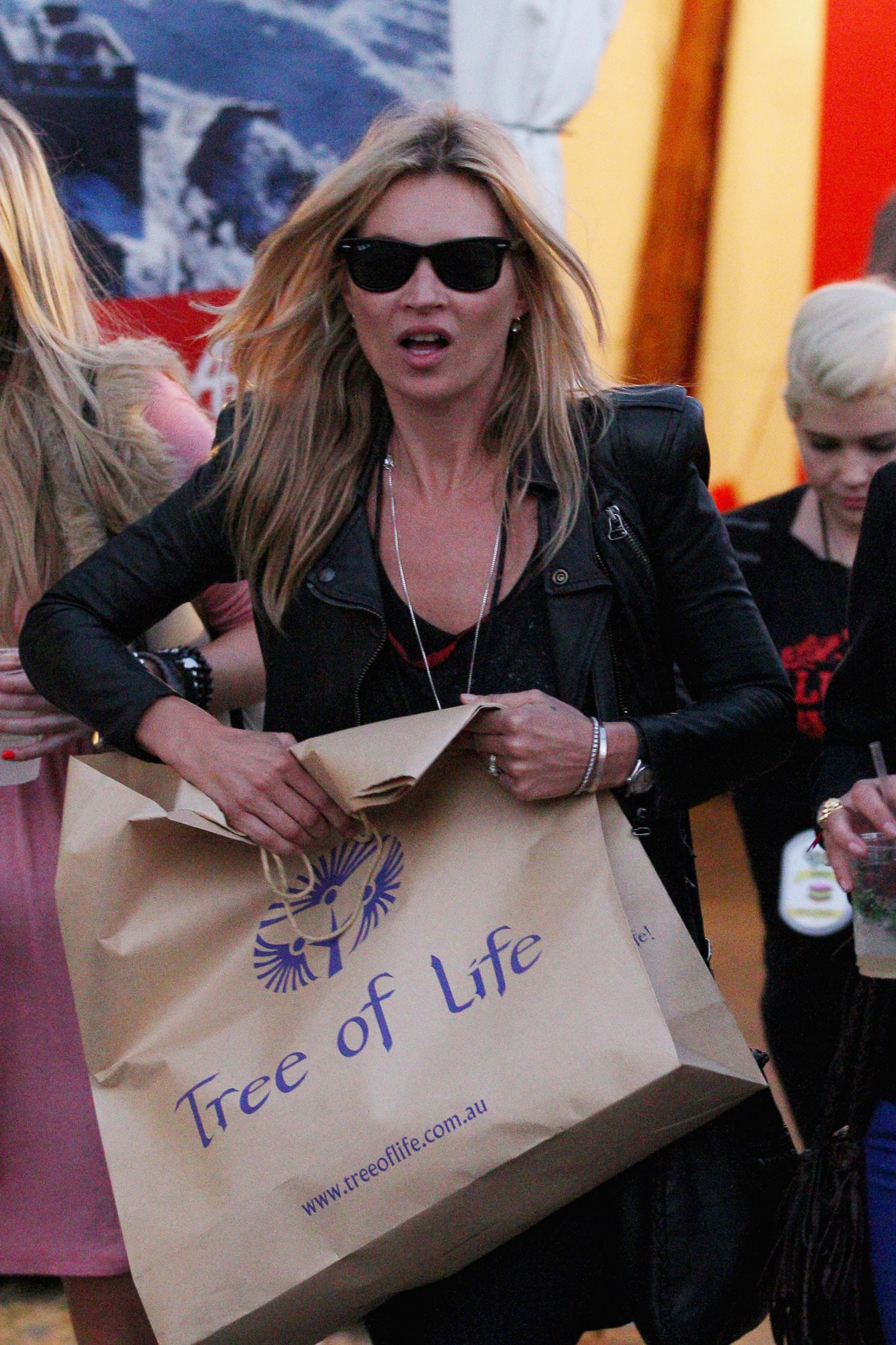 Kate Moss hangs out at an Australian festival.