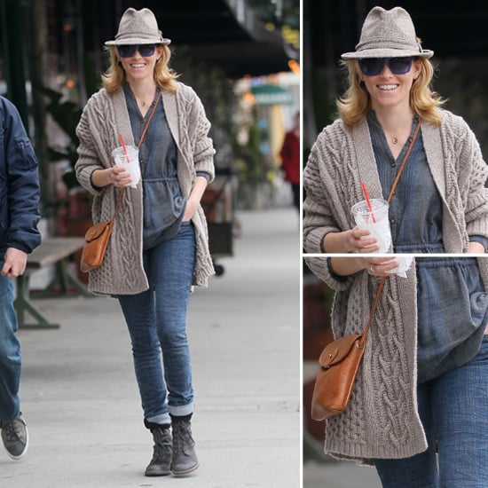 Elizabeth Banks Fedora and Purple Sunglasses
