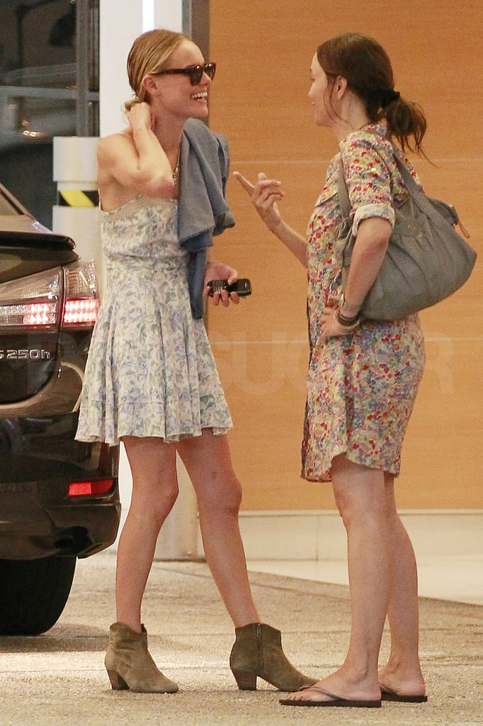 Kate Bosworth had a friendly conversation.