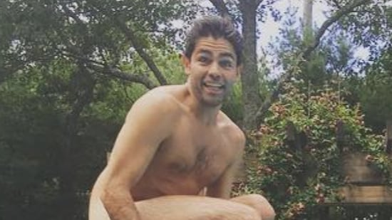 Adrian Grenier Gets Buck Naked to Celebrate His 40th Birthday