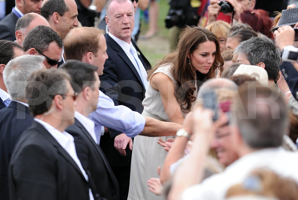 Kate Middleton and Prince William shook hands with Canadian fans.
