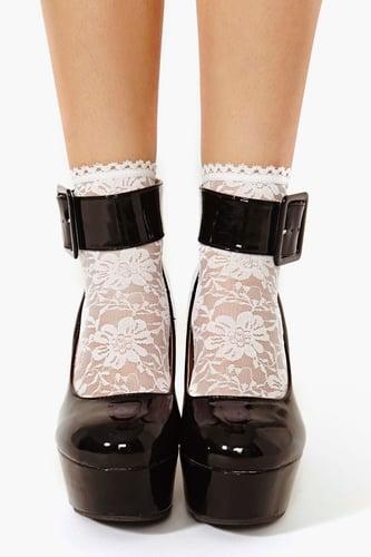 Paper Doll Lace Socks