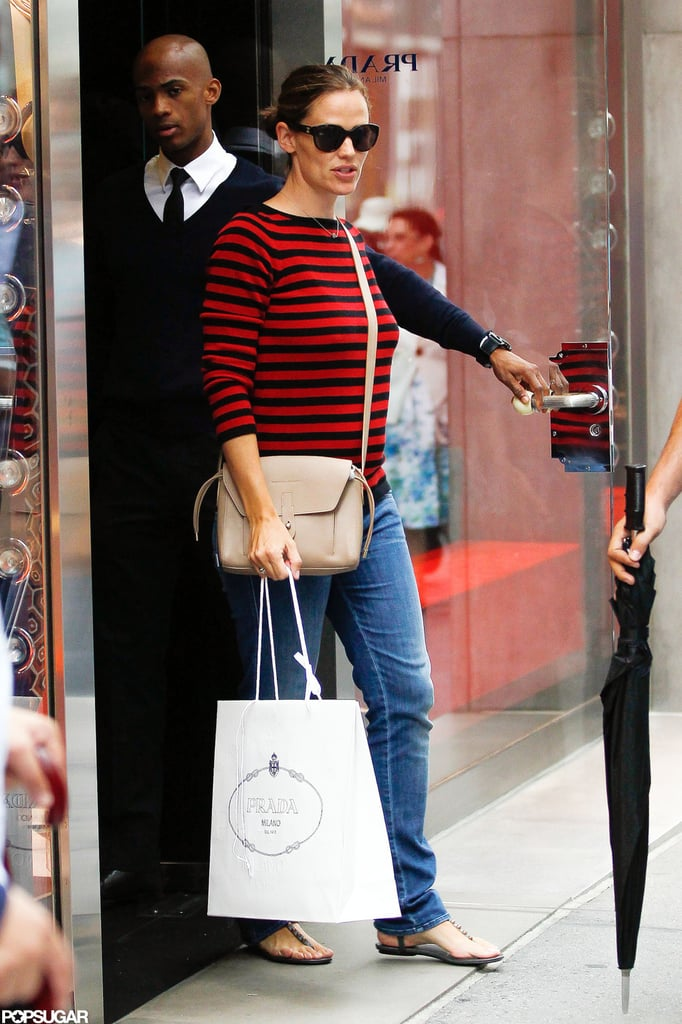Jennifer Garner made a stop at Prada in NYC.