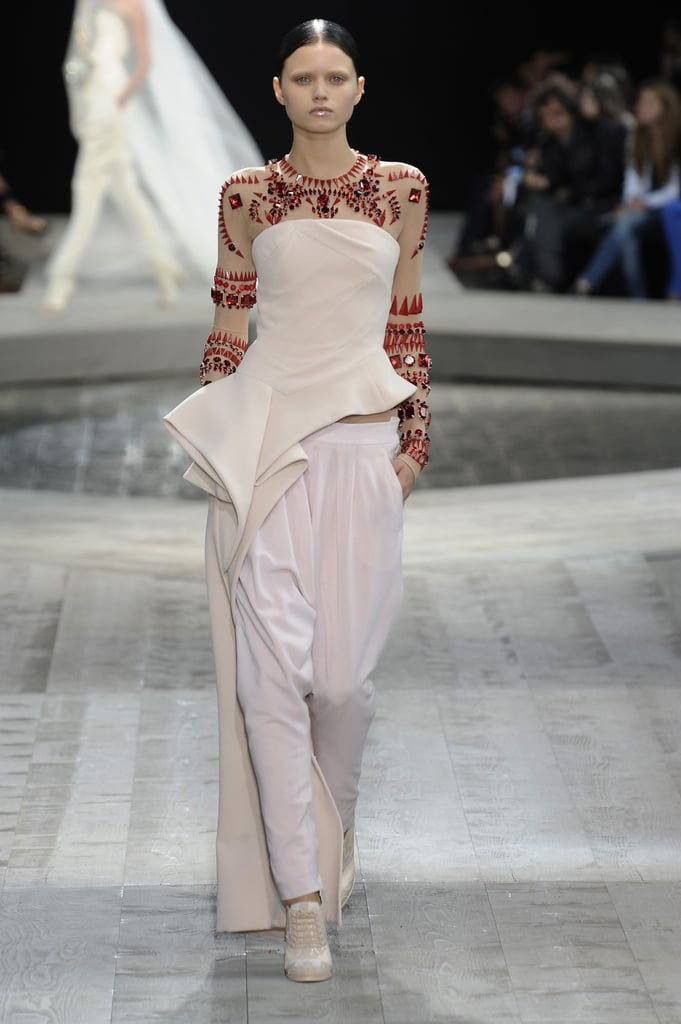 Riccardo Tisci Takes Givenchy Fall 2009 Couture to the Middle East