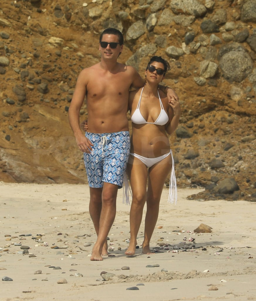 Scott and Kourtney took a romantic stroll together.
