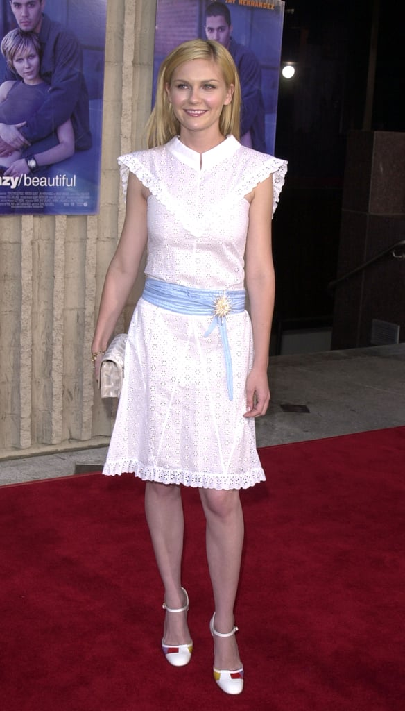 How cute does Kirsten look in this Victorian-meets-sailor girl white sheath at the 2001 Crazy/Beautiful premiere?