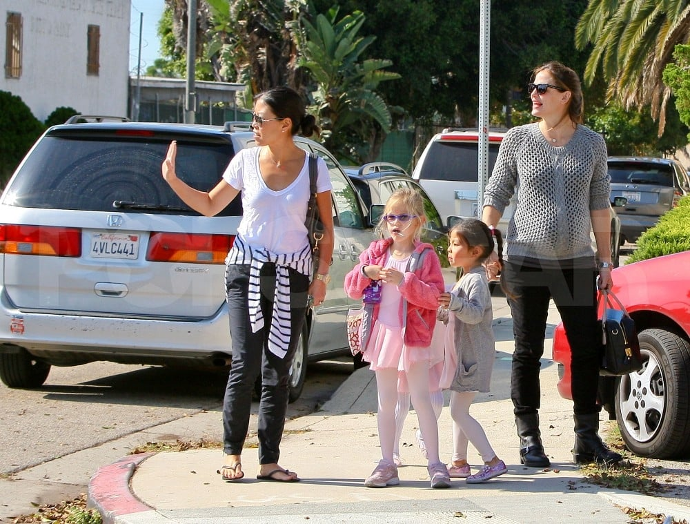 Jennifer Garner took daughters Violet and Seraphina to a class.