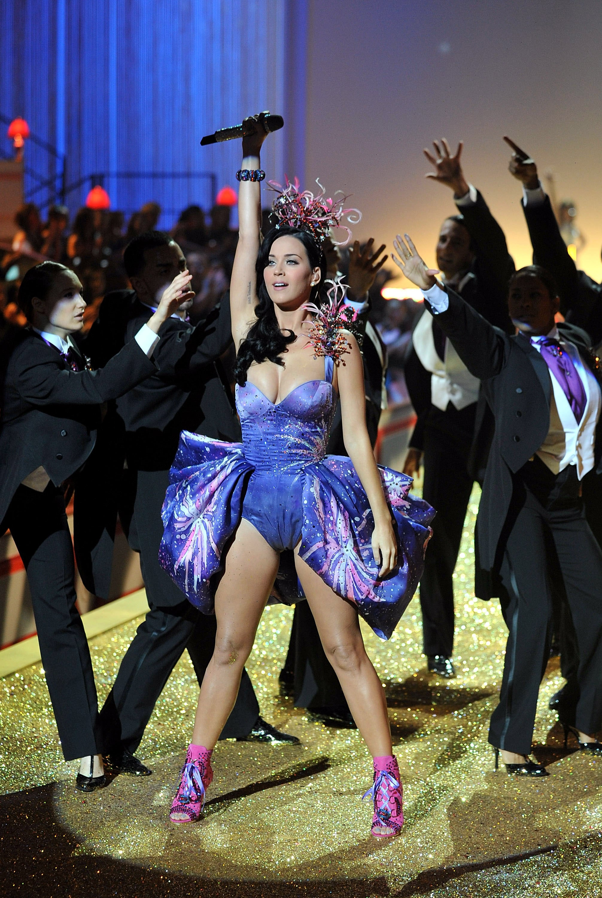 Katy Perry fit right in with the lingerie-clad Angels in 2010.