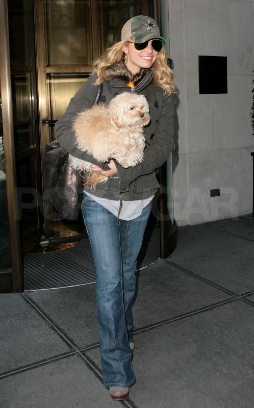 Jessica and Dirty Daisy Flee NYC