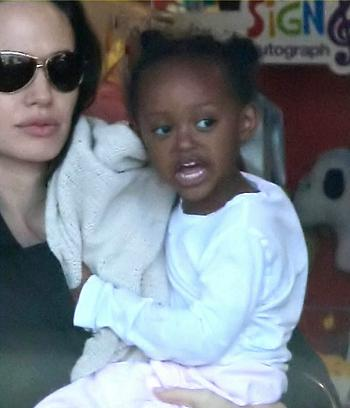 "Angelina Jolie & Zahara's ""Ladies' Day Out"""