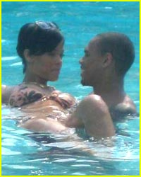 Hot new couple: Rihanna and Chris Brown!