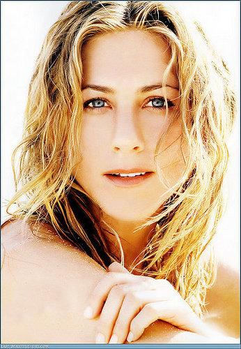 Jennifer Aniston Forms Film Company