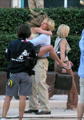 OH MY GOD LOOK AT JENNIFER ANISTON AND OWEN WILSON PHOTO!!!!!!!!!!!!!!!!!!!!!!!!!!!!!!!