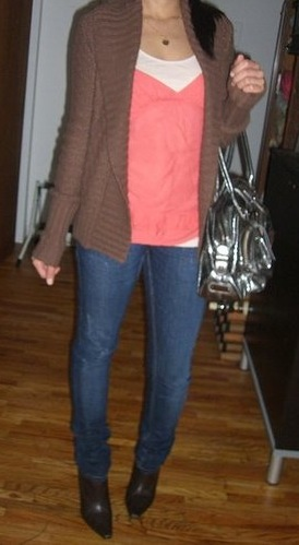 Look of the Day: Coral Autumn