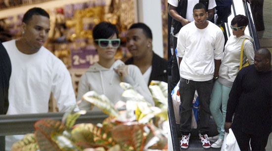 Rihanna Steps Out With Her Hot Ticket
