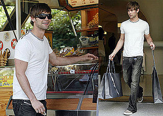 Photos of Chace Crawford in London 2008-06-11 15:30:17